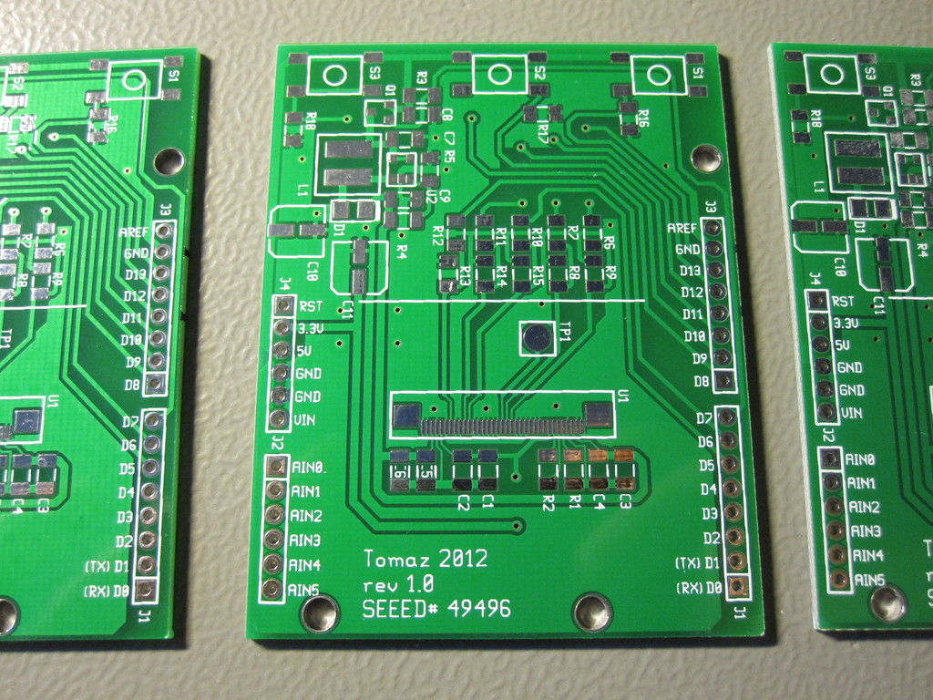 Cheap pcb manufacturer jlcpcb vs seeedstudio easyeda